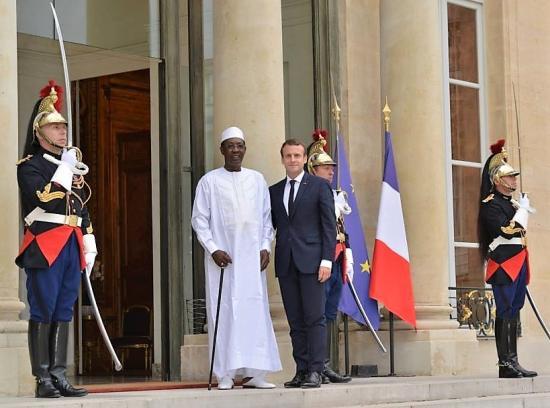 Deby macron le 11 juillet 2017 paris